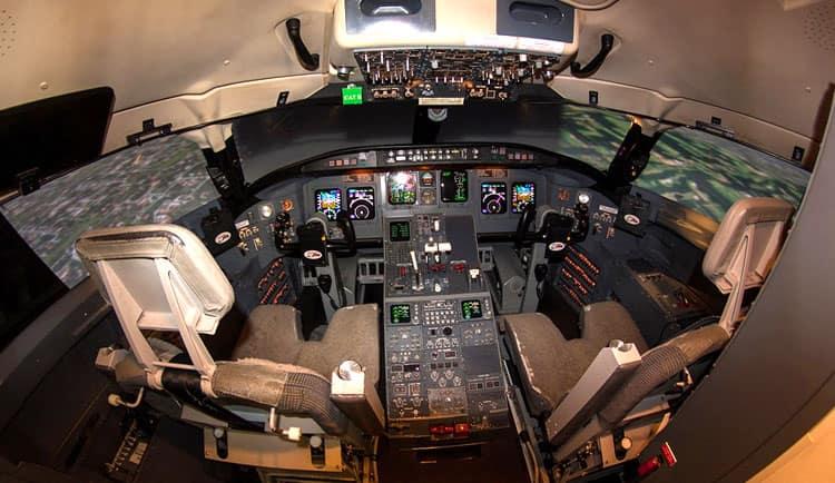 CRJ-200 FFS   Embry-Riddle Aeronautical University - Daytona