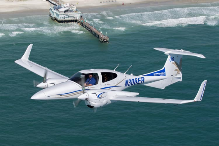 Diamond DA42-VI | Embry-Riddle Aeronautical University - Daytona Beach, FL