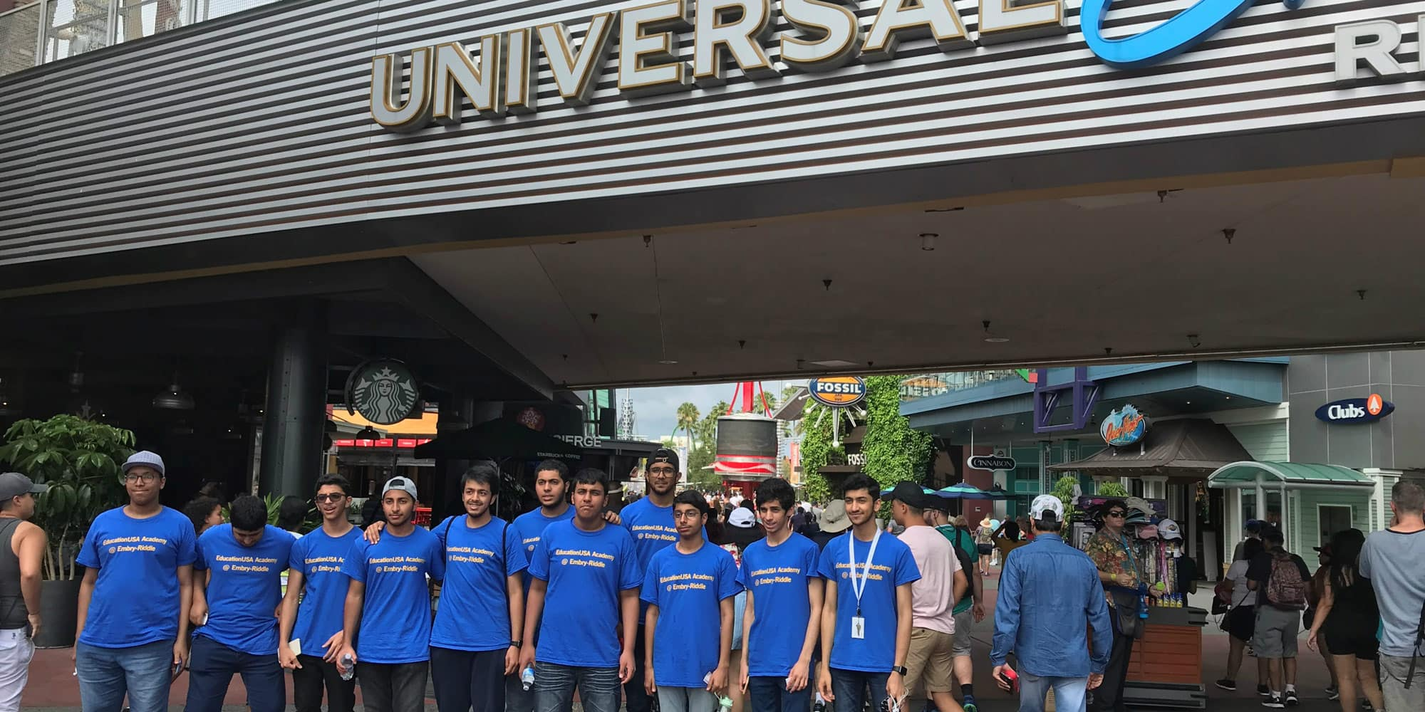 students visit Universal